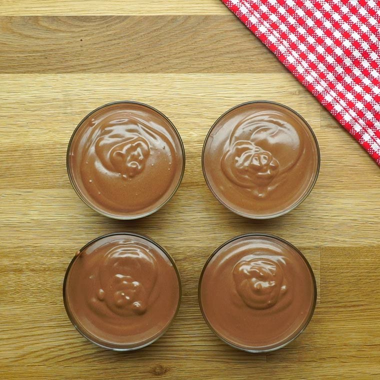 You Have To Try Greek Yogurt Chocolate Mousse!