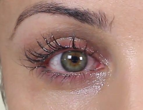 how to grow eyelashes with coconut oil