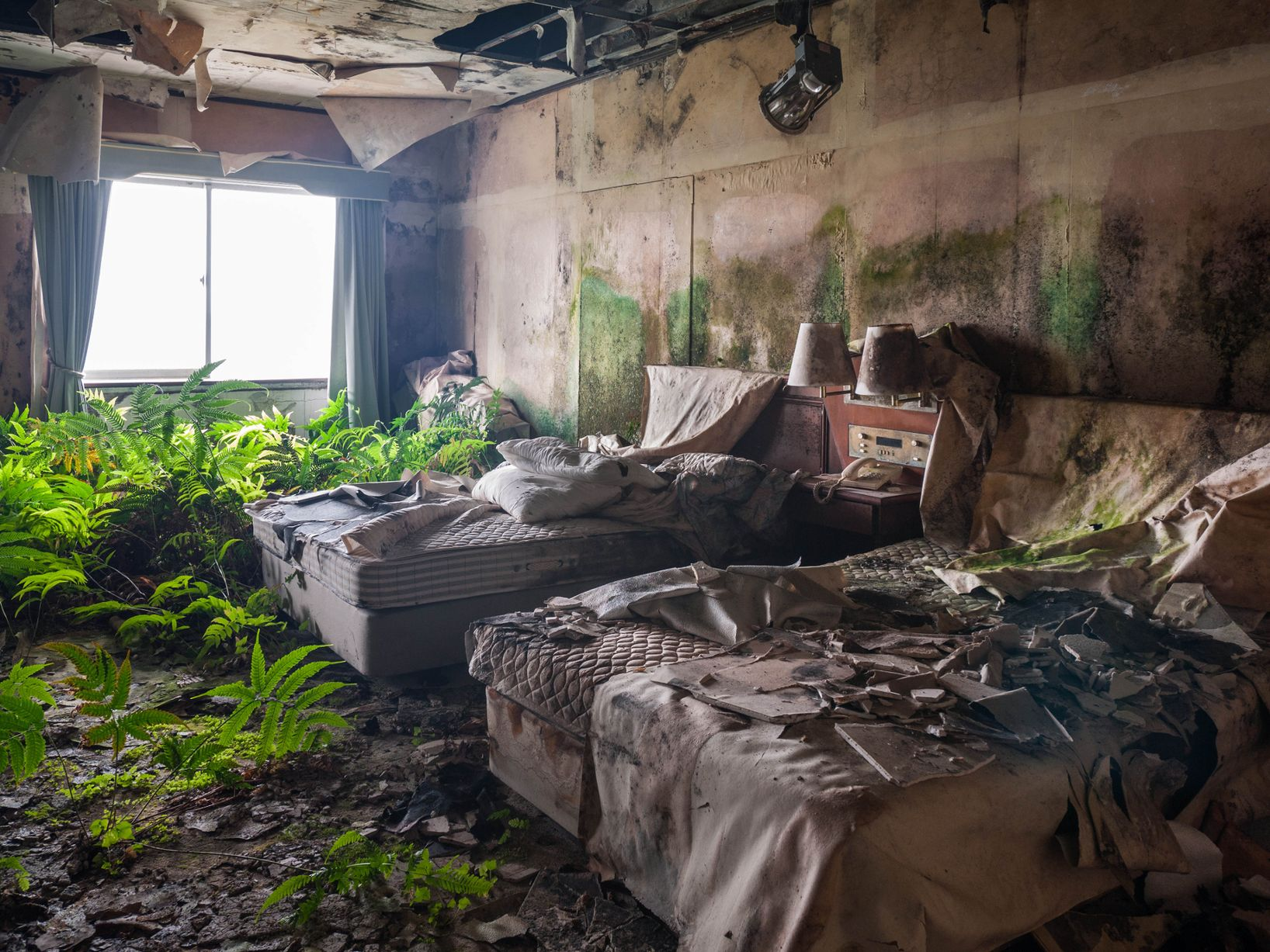 The Story Behind Haunting Abandoned Luxury Hotel In Japan