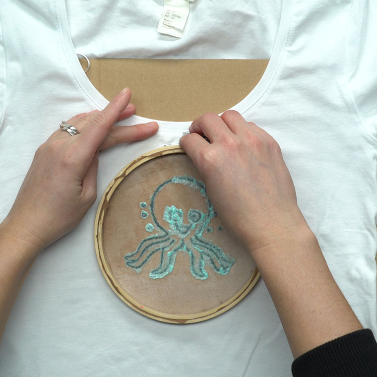 Screen print your own t shirts using this easy trick for Printing your own t shirts