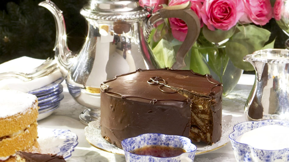 Chocolate Wedding Cake Recipes Uk: Former Chef To The Queen Dishes Out Recipe To Her Favorite