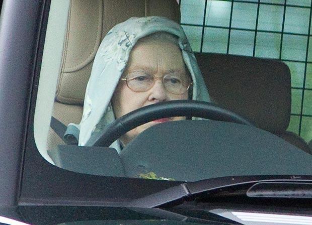 10 Times Queen Elizabeth Ii Proved She Is Just Like Us