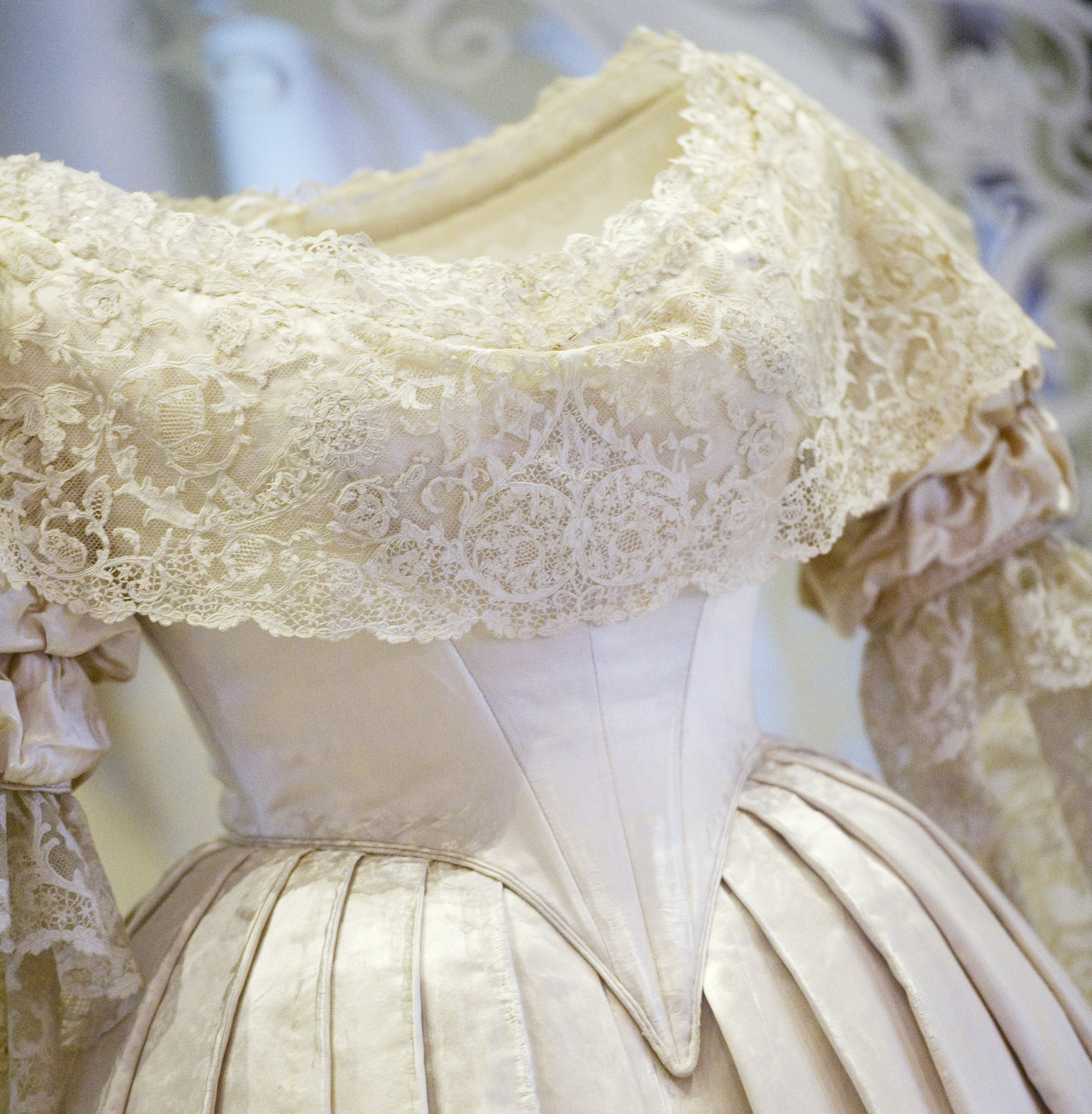 The royal family started a wedding trend that we all take for Used wedding dresses victoria bc