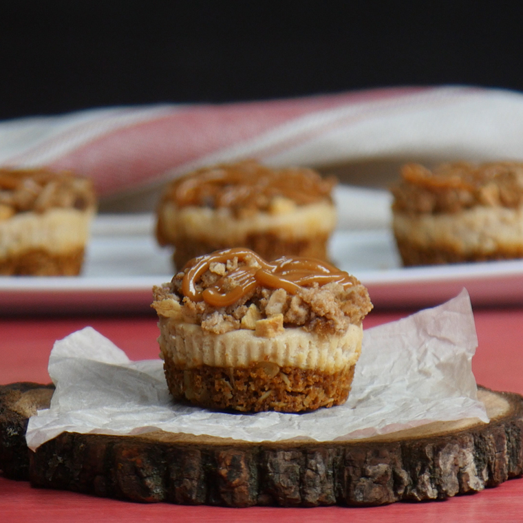 Bite Size Cheese Cake: Bite-Sized Brown Betty Cheesecakes Are The Perfect Apple