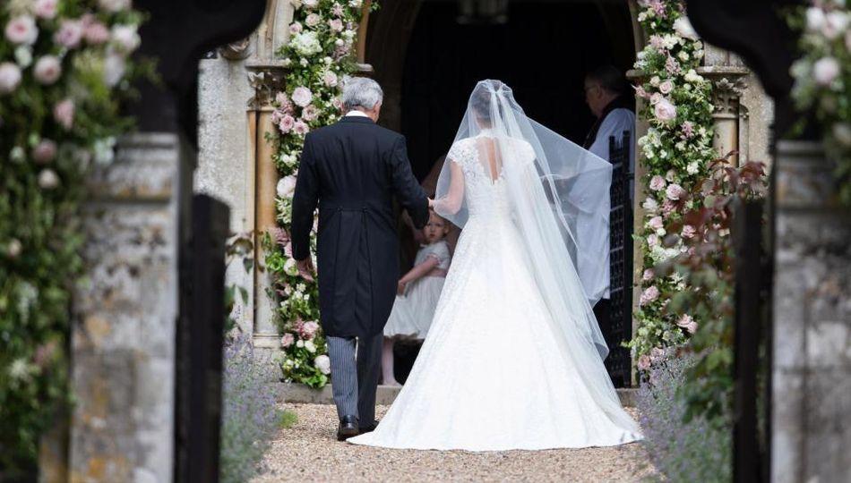 Francie middleton wedding