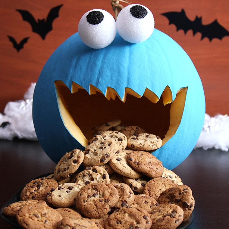 Your Kids Will Go Crazy For This Cookie Monster Pumpkin