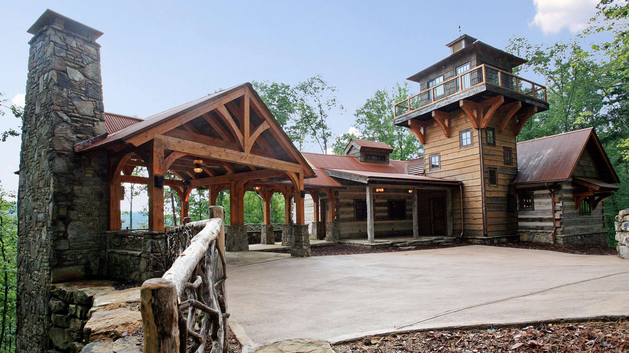 13 run down barns became gorgeous cabins you 39 ll want to for Luxury barn builders