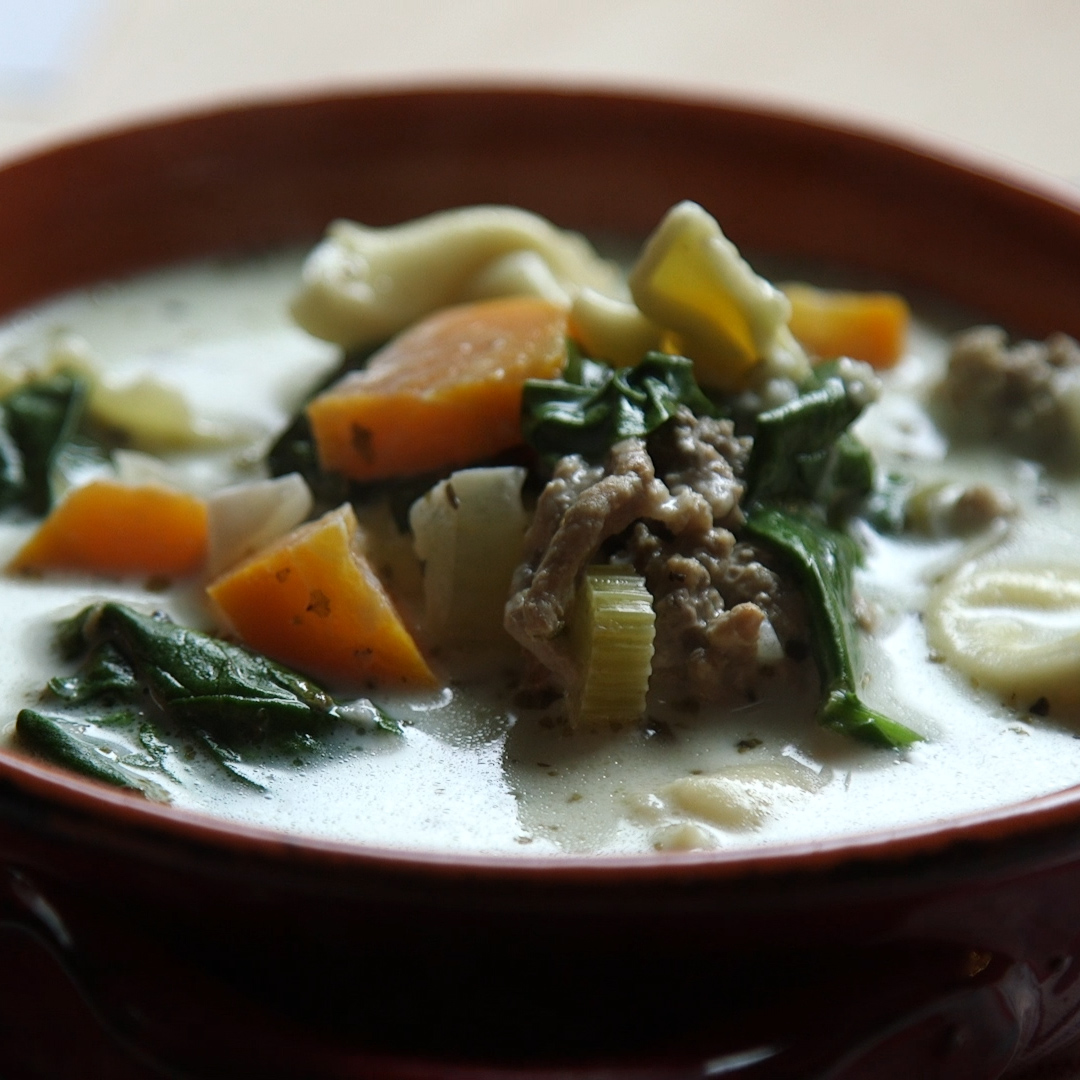 Slow Cooker Creamy Tortellini Soup Recipe: This Creamy Tortellini Soup Is A Must-Try For An Easy Slow