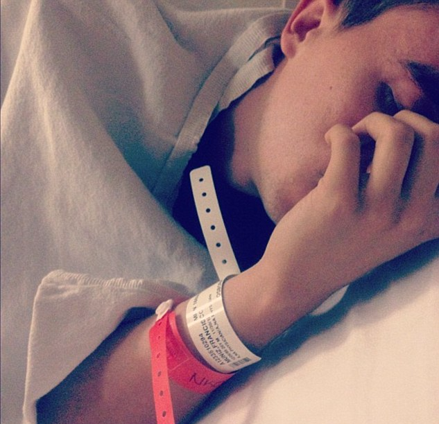 Frankie Muniz in hospital