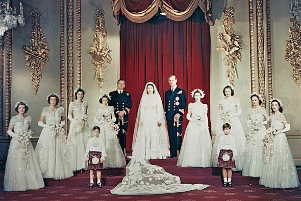 Queen Elizabeth Had To Get Thrifty To Get The Wedding Dress Of Her ...
