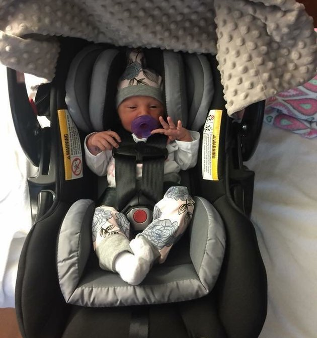 Oaklyn in car seat