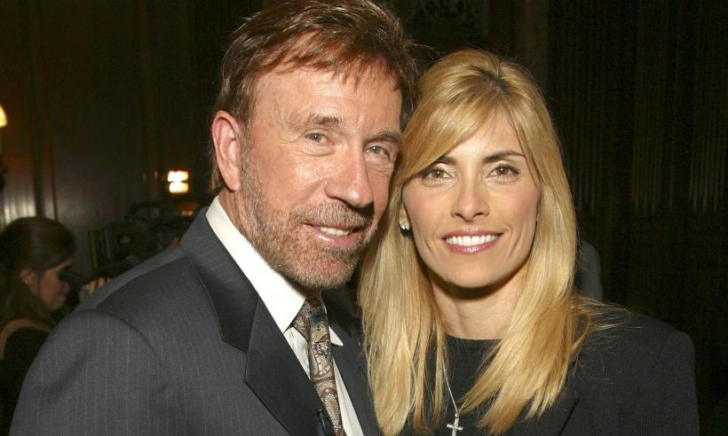 27ac8de96b3a Chuck Norris Took His Wife To The Doctor