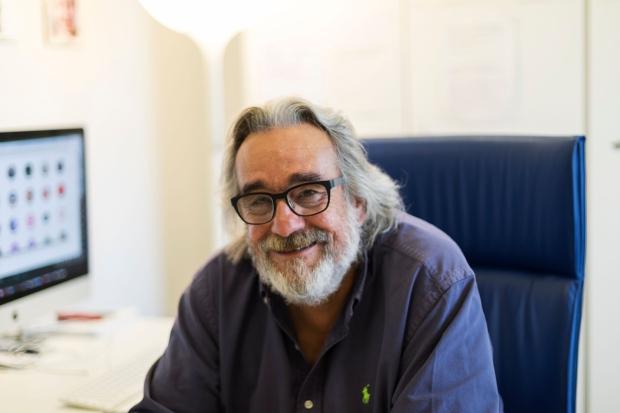 Dr. De Luca