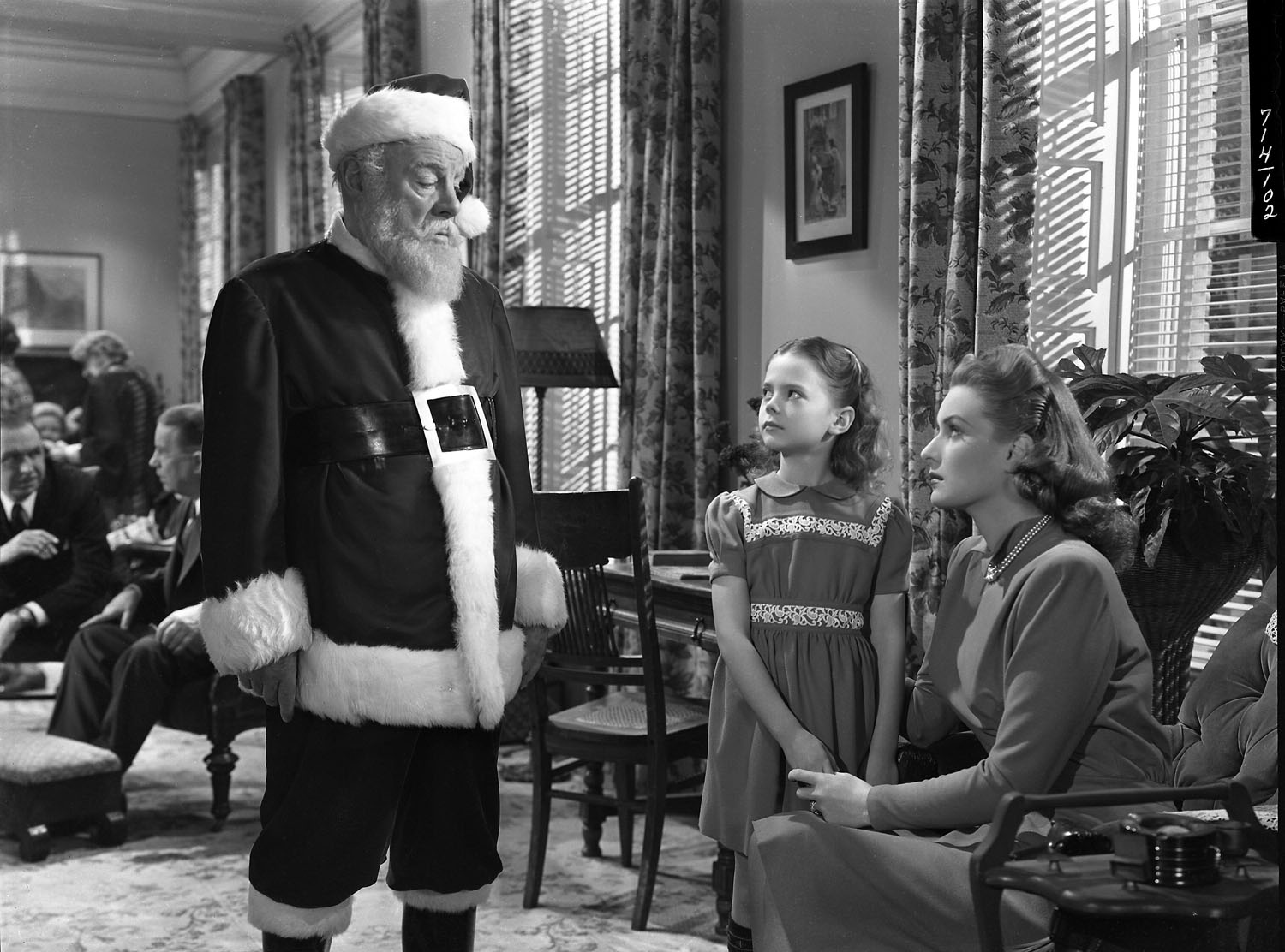 miracle on 34th street 1947 - Black And White Christmas Movie