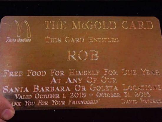 Bonifikarta McDonalds pozwala na darmowe jedzenie do końca życia