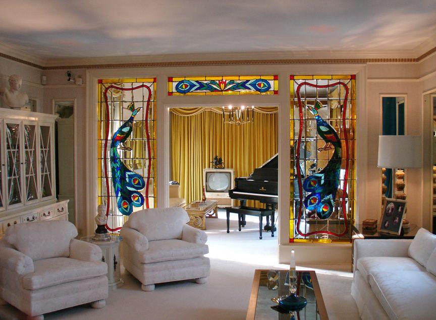 Take A Look Inside Elvis Presley S Graceland Estate
