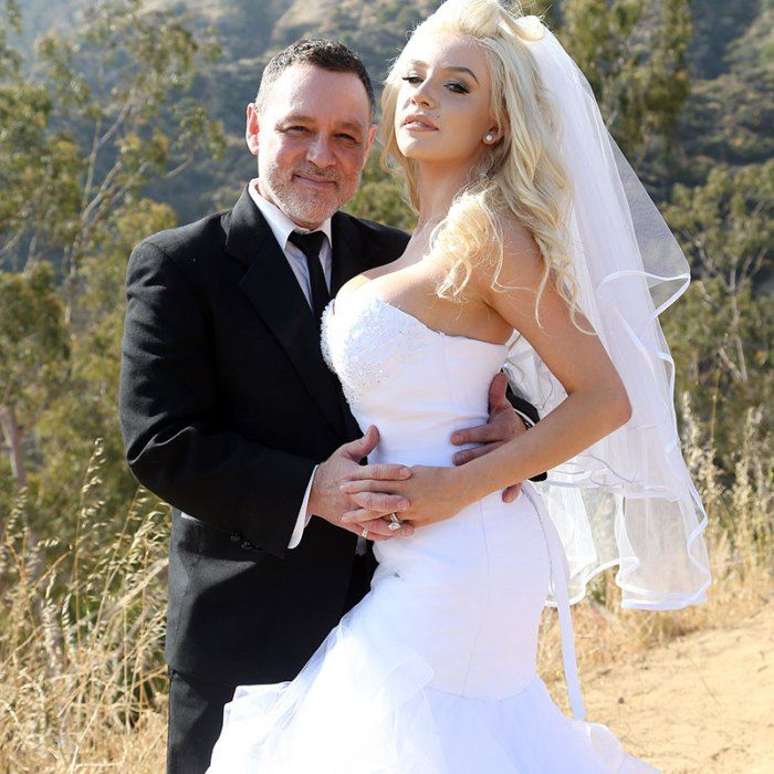 Child Bride Courtney Stodden Files For Divorce From 57