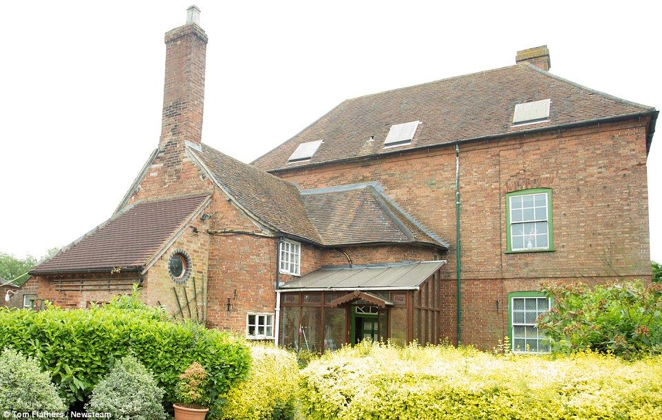 The untouched farmhouse
