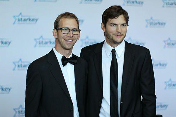 Ashton Kutcher twin