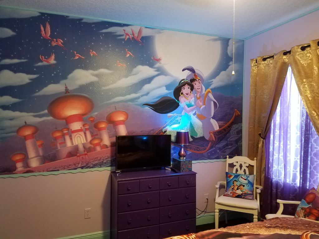Disney house aladdin room