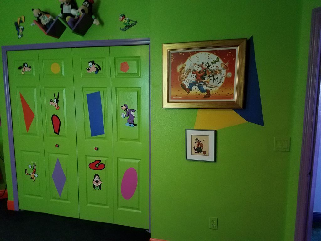 Goofy room disney house