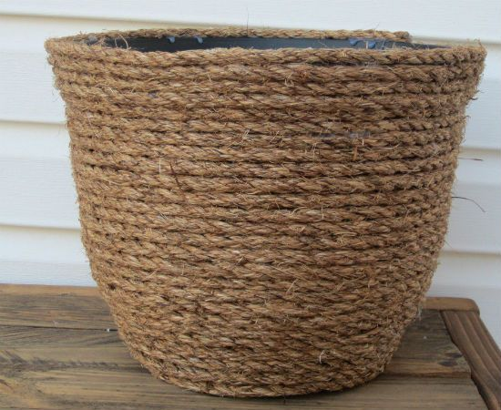 Rope wrap planter pot