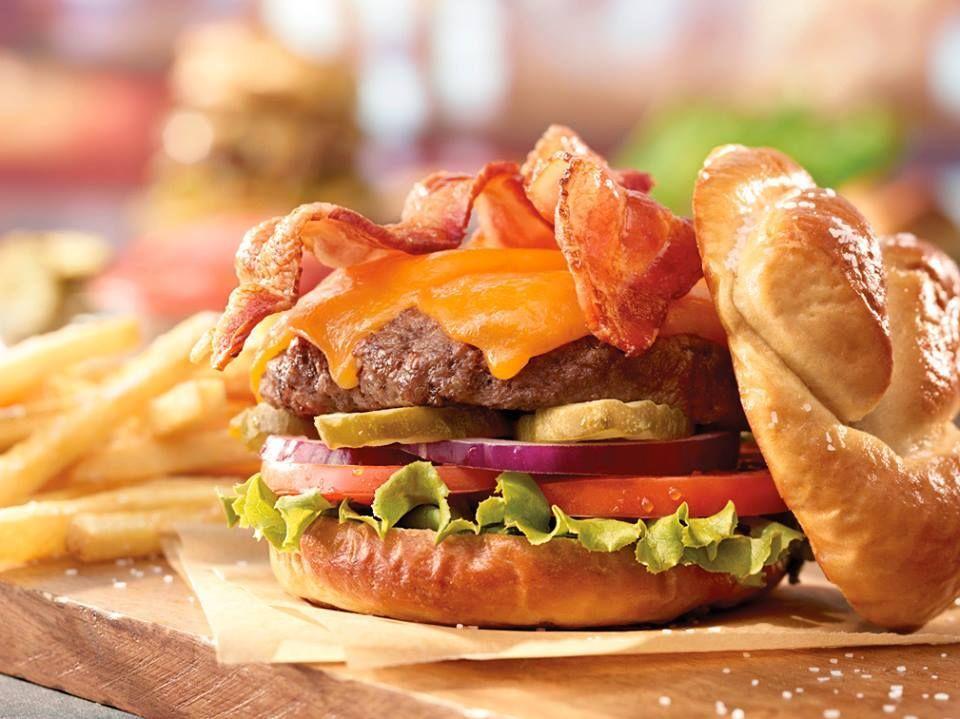 Ruby Tuesday burger