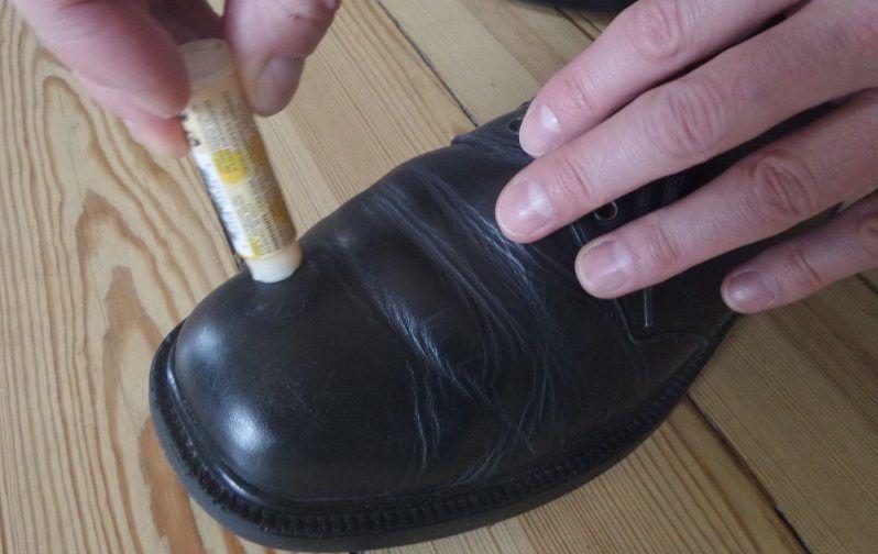 Lip balm shoe shine