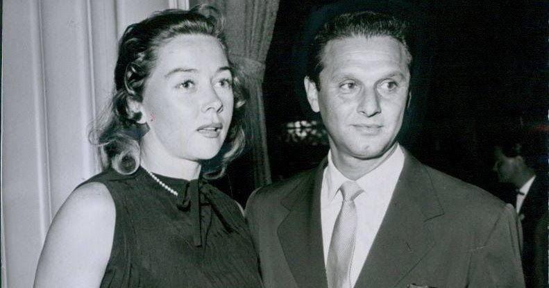 Gloria and Cy