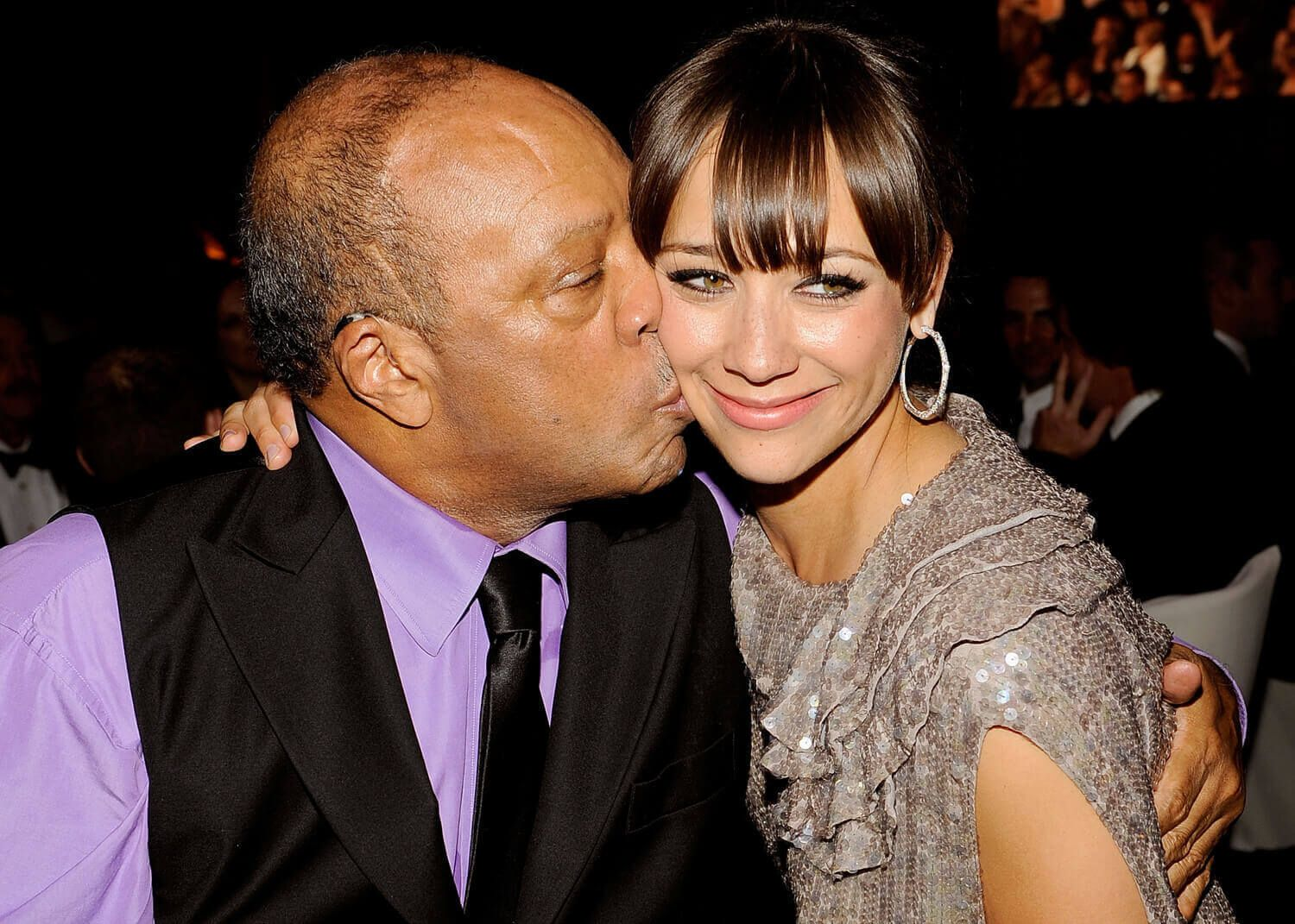Rashida Jones and Quincy Jones at a fancy event