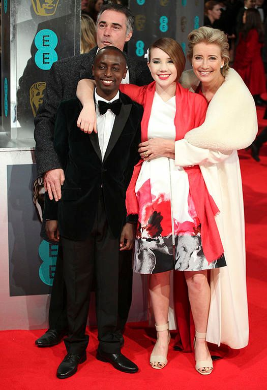 Emma Thompson with her family on the red carpet