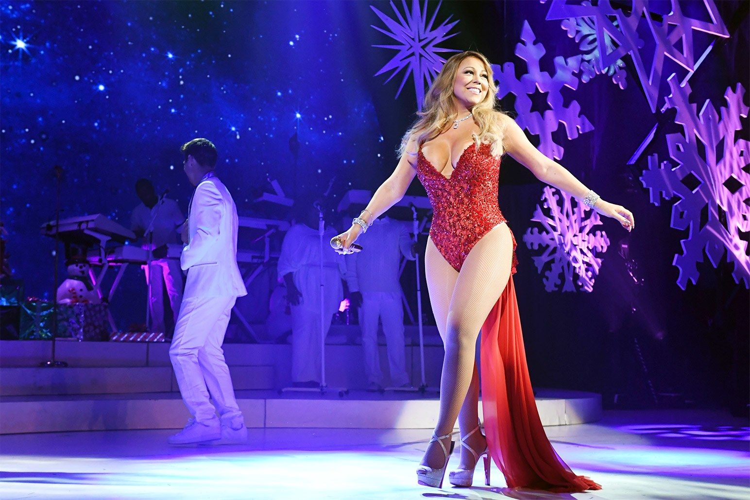 Mariah Carey performing in concert