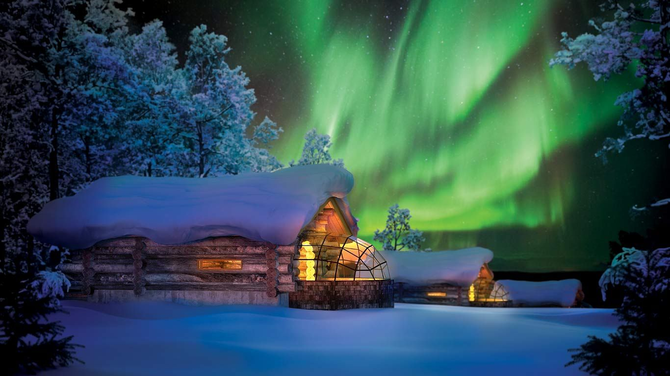 A hotel under the Northern Lights