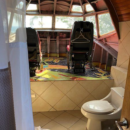 The cockpit-turned-bathroom in Hotel Costa Verde's airplane suite