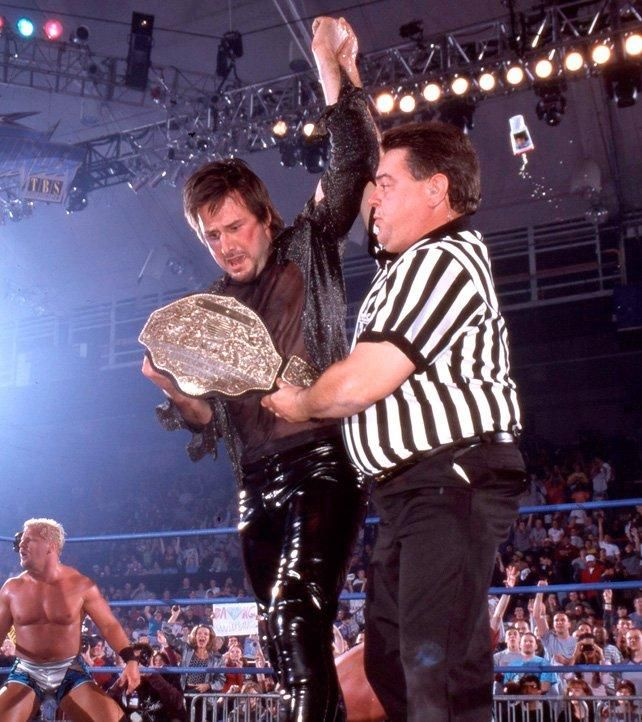 David Arquette in the wrestling ring