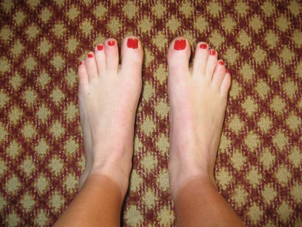 A tan line cutting off at the feet