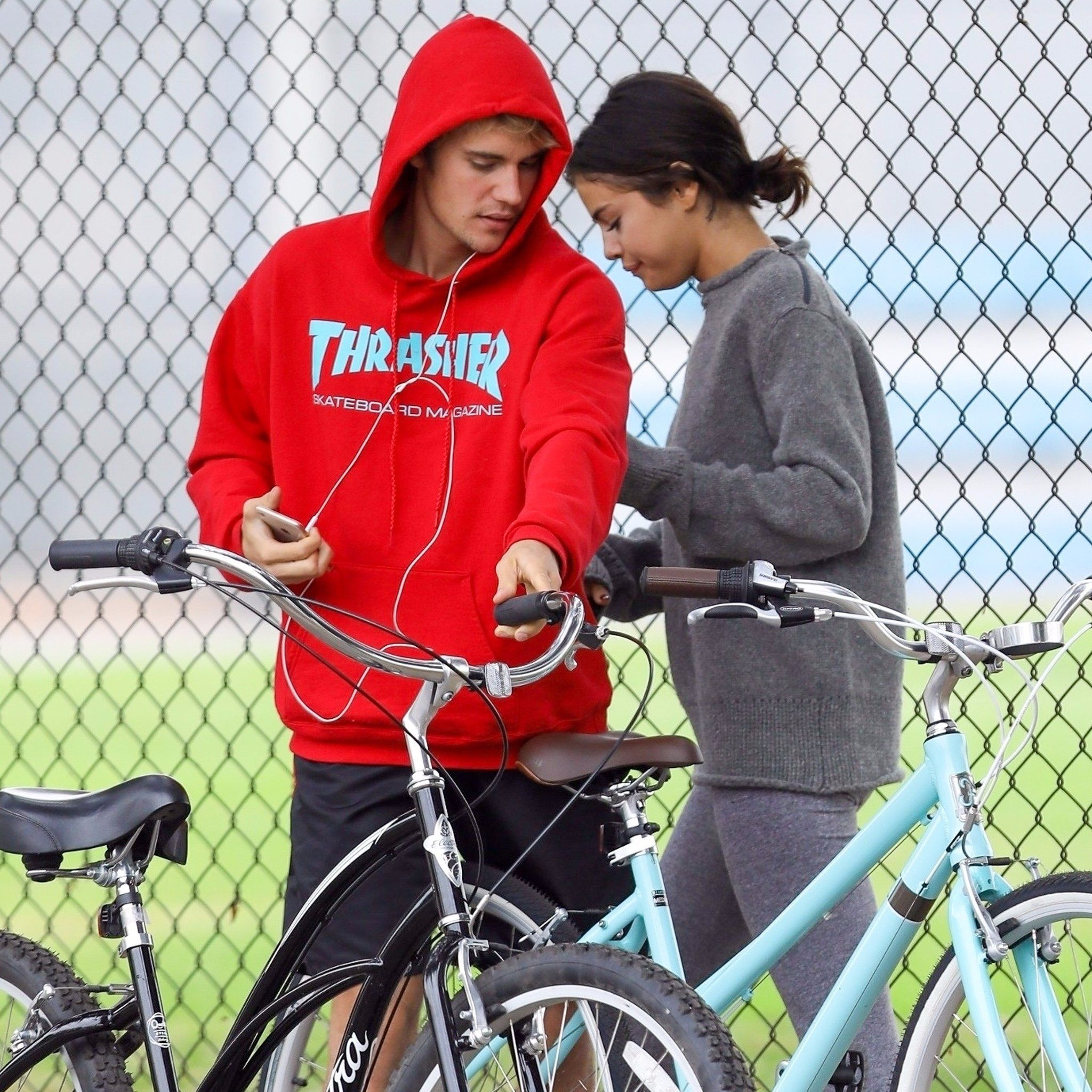 Selena Gomez and Justin Bieber with their bikes