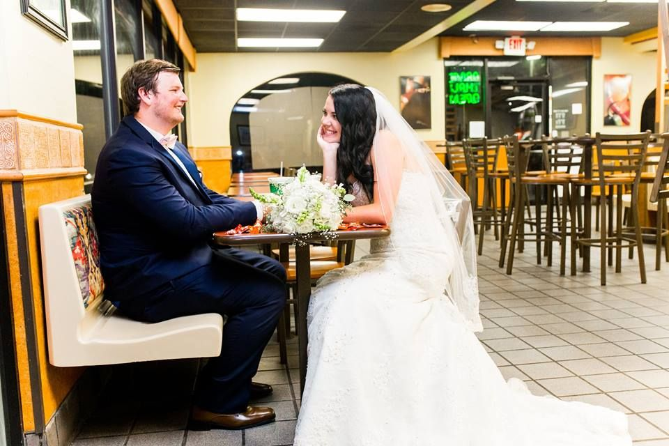 Wedding pictures at Taco Bell