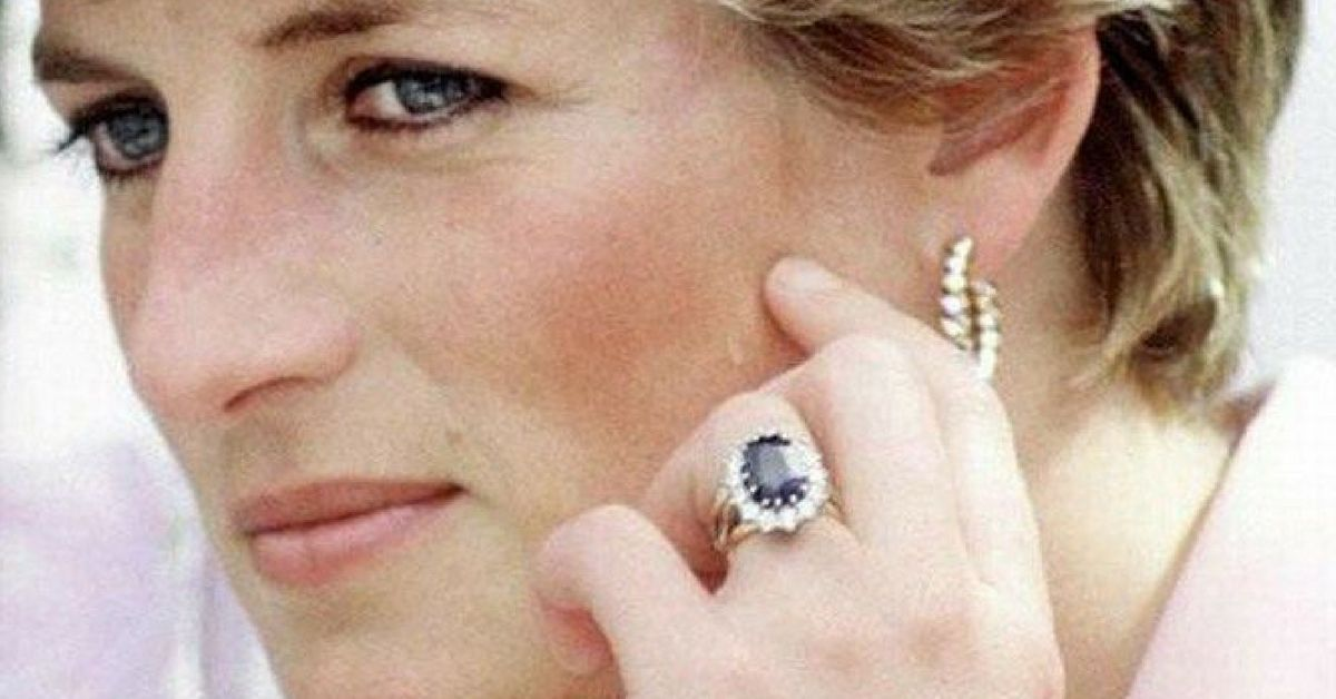 Princess Diana S Engagement Ring Stirred Up A Lot Of Controversy When She First Wore It