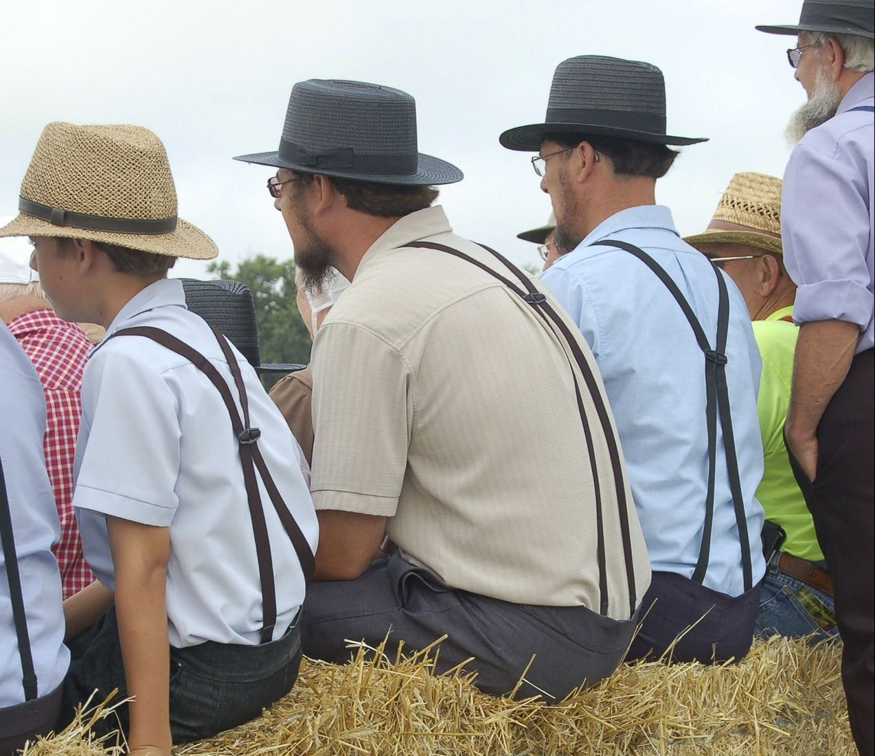 The Hidden Meaning Behind Amish Clothing Rules