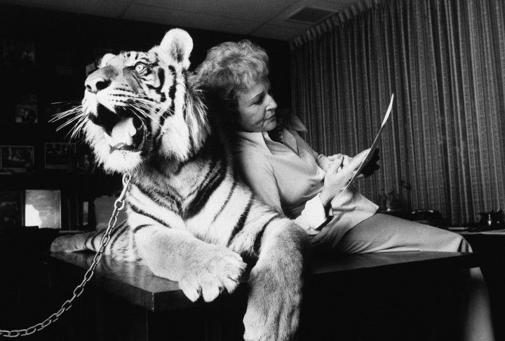Betty White and a tiger