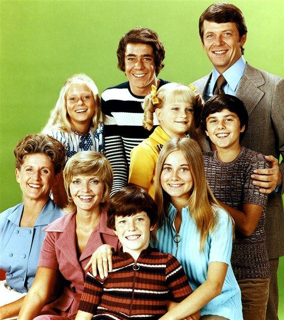 The Brady Bunch cast photo