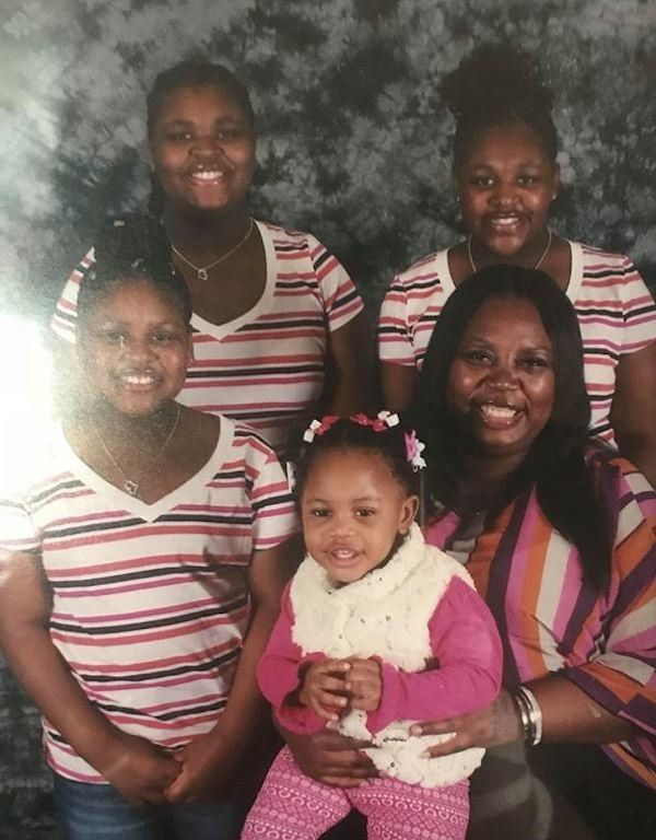 Brandi Owens and her daughters