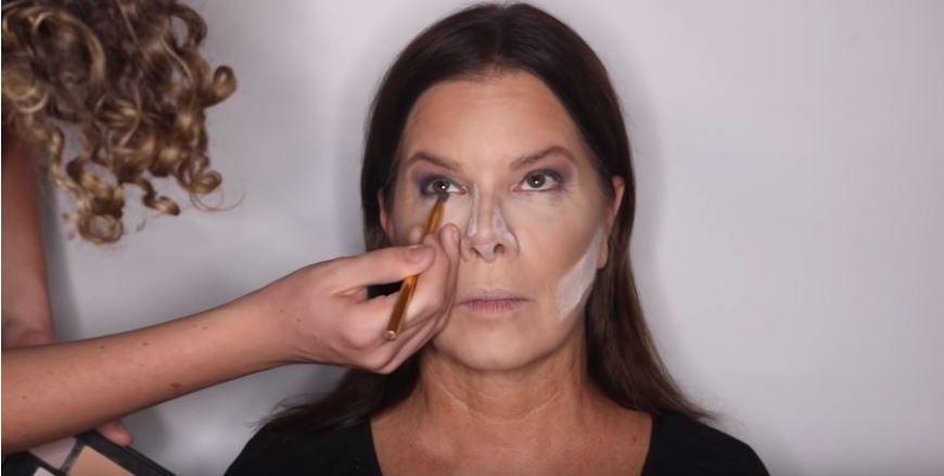 Hudson doing Marcia's makeup