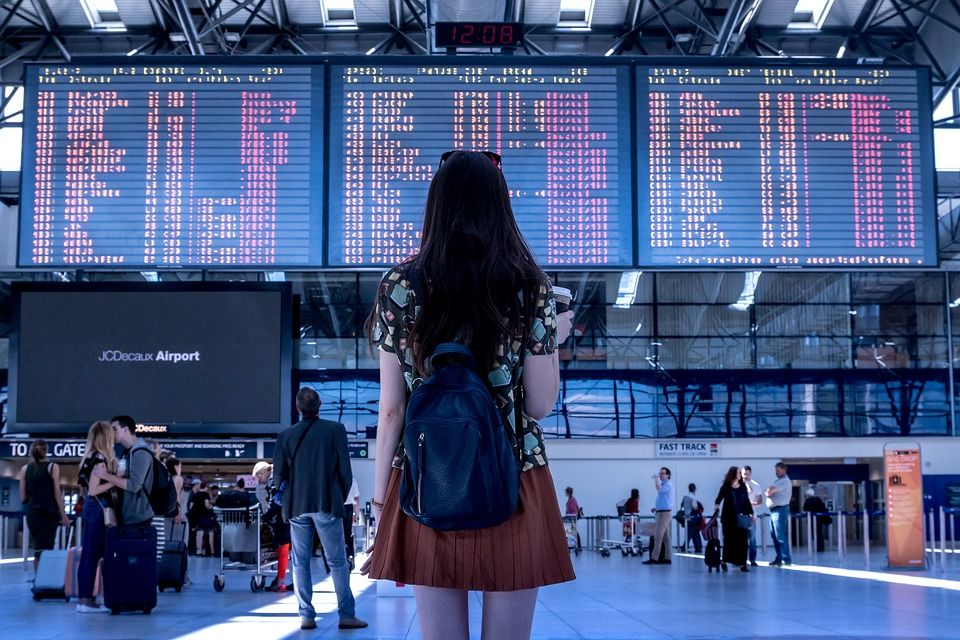 Airport screen