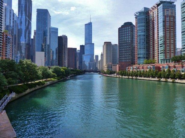 Chicago River Flows Backwards
