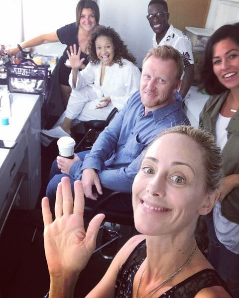 Kim Raver with the cast