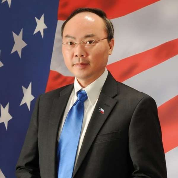 Houston City Council member Steve Le