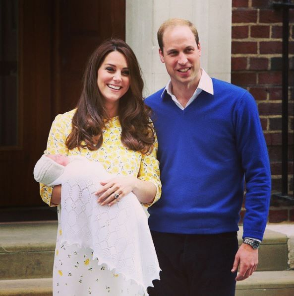 Kate Middleton and Prince William with a newborn Princess Charlotte