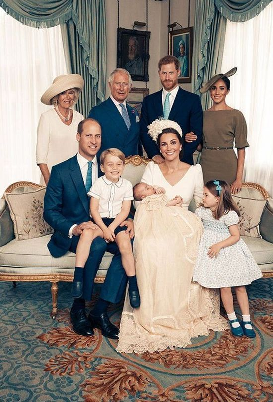 Prince William and Kate Middleton and their children pose with Prince Harry, Meghan Markle, Prince Charles and Duchess Camilla Parker-Bowles.